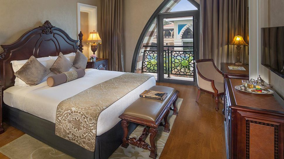 Jumeirah Zabeel Saray 4 Bedroom Lagoon Royal Residences