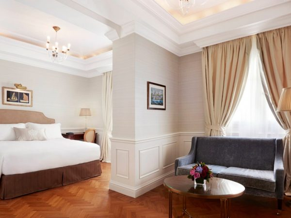 King George, a Luxury Collection Hotel, Athens Junior Suite 1 Bedroom Suite, 1 King, Courtyard view