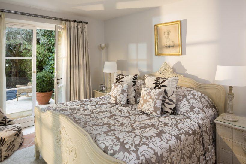 La Bastide de Saint TroLa Bastide de Saint Tropez 5 Suitespez 5 Suites