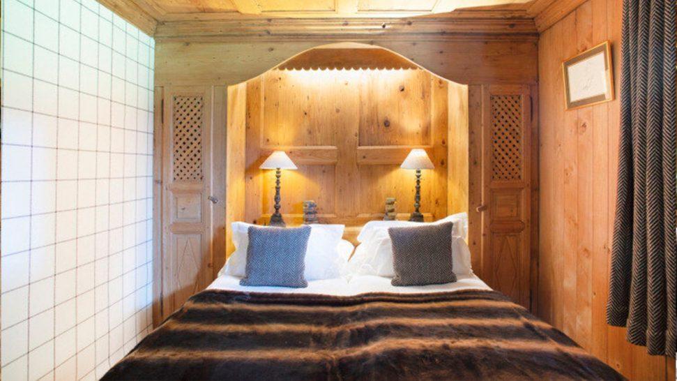 Les Fermes de Marie The beige brown room