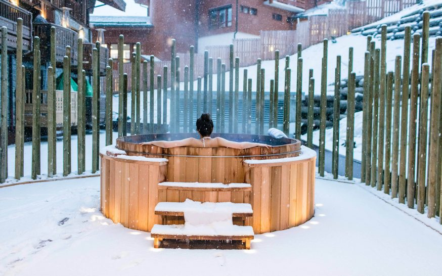 ix Senses Residences Courchevel Spa Outdoor Jacuzzi