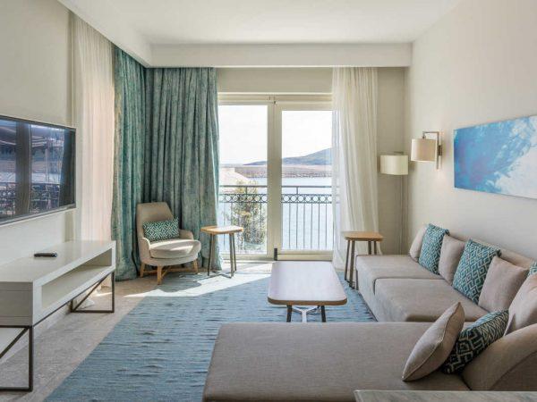 The Chedi Lustica Bay Grand Deluxe Corner Suite