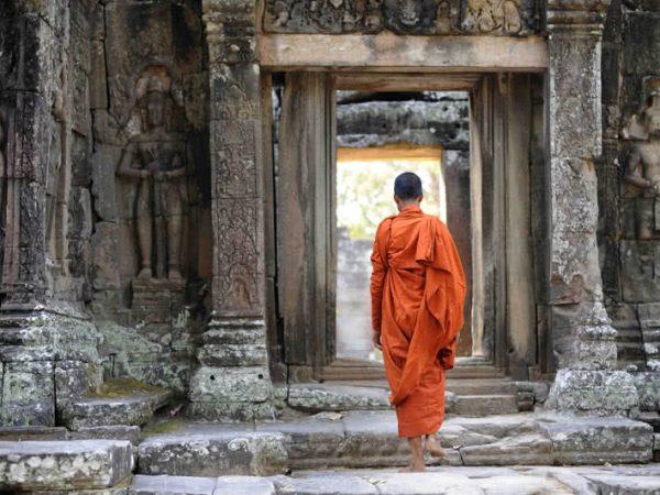 Anantara Angkor Resort Temple Guru