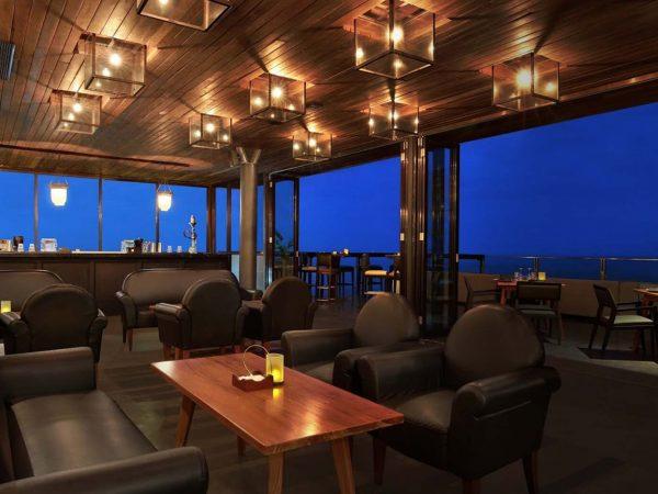 Anantara Seminyak Bali Resort S.O.S.