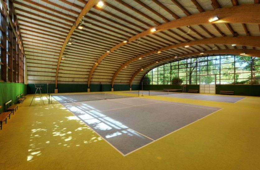 Castello del Sole Beach Resort Indoor Tennis