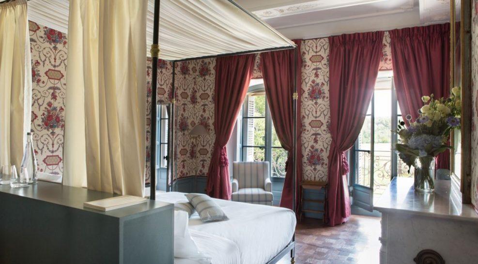 Ch?teau De Fonscolombe Historic Suite