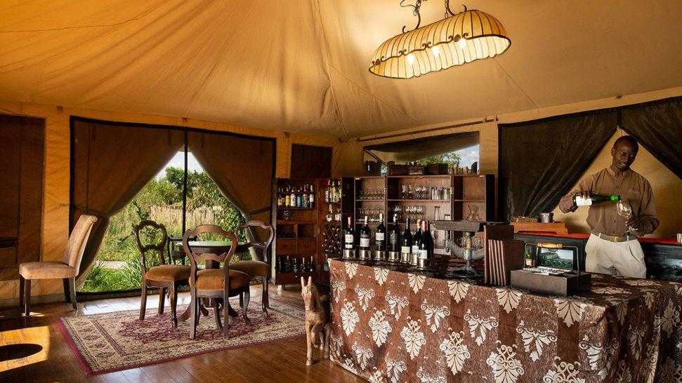 Elewana Sand River Masai Mara Bar