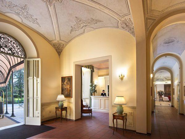 Grotta Giusti Tuscany Lobby