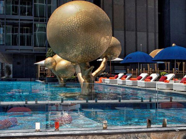 Hotel Fairmont Quasar Istanbul Outdoor Pool