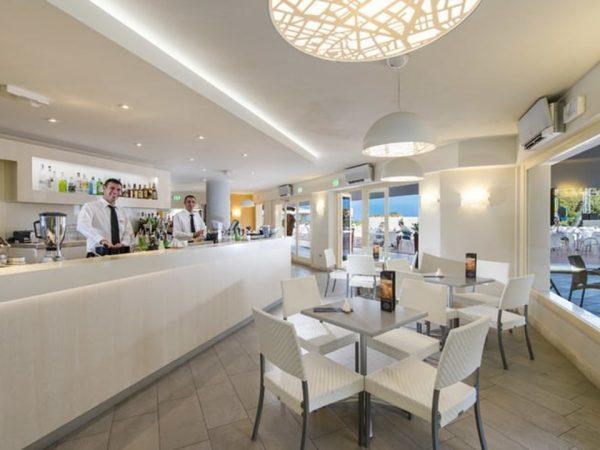 Hotel Laguna Chia Laguna Resort Bar Piazza