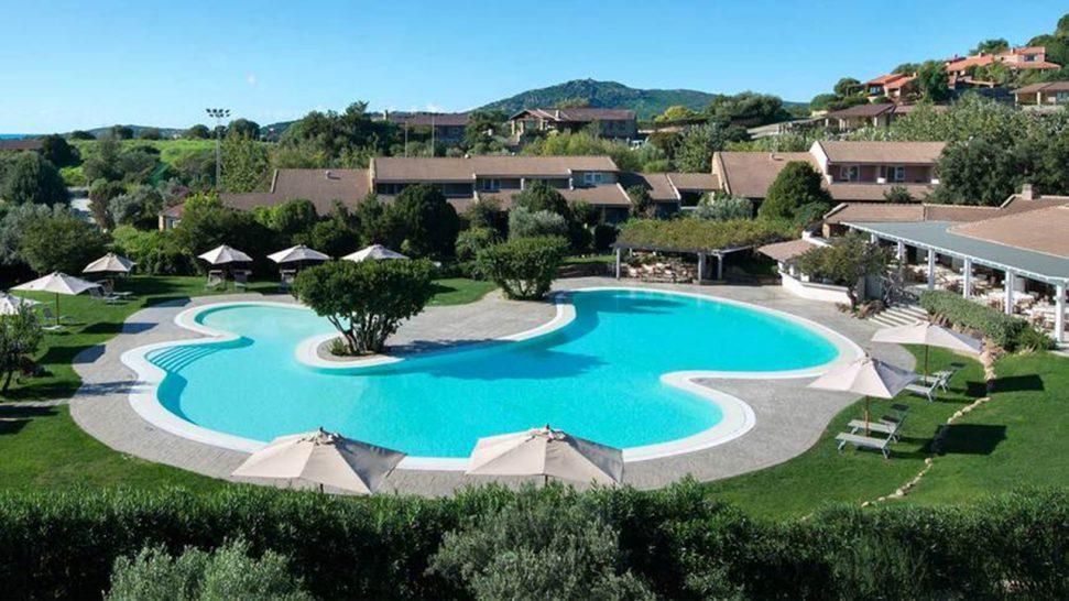 Hotel Laguna Chia Laguna Resort Club House Pool