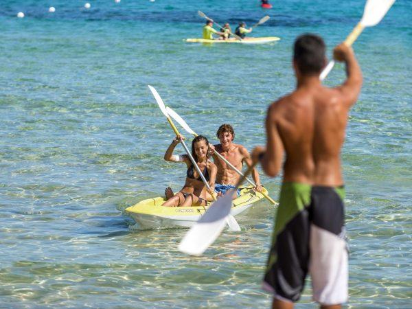 Hotel Laguna Chia Laguna Resort Kayak