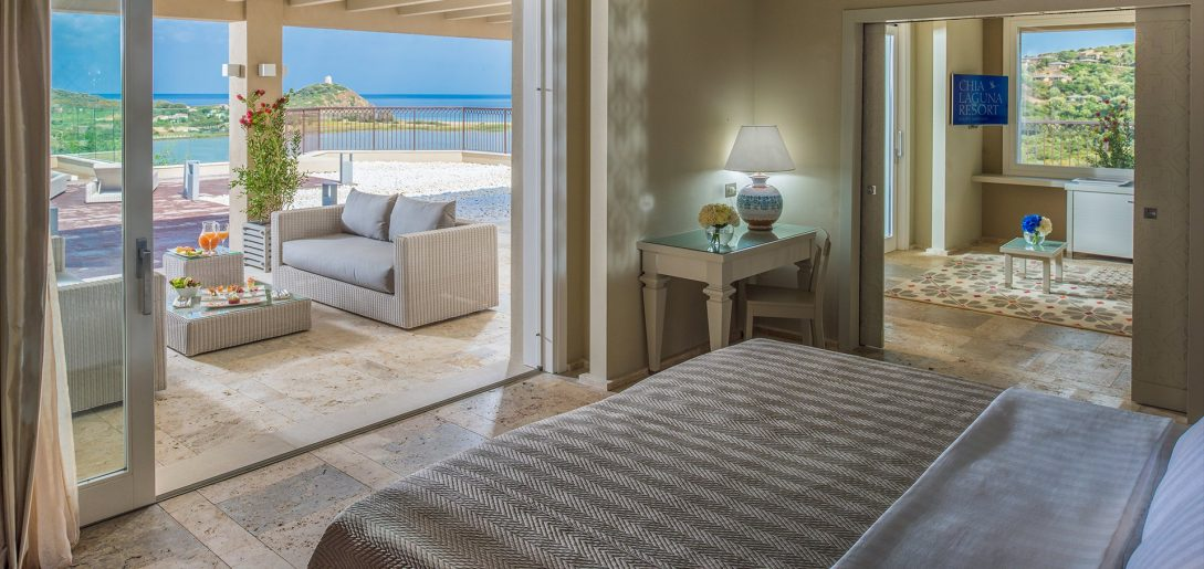 Hotel Laguna Chia Laguna Resort Luxury Panorama Suite