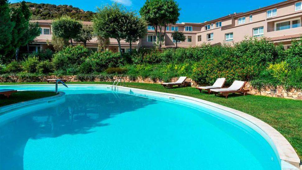 Hotel Laguna Chia Laguna Resort Oasi Pool