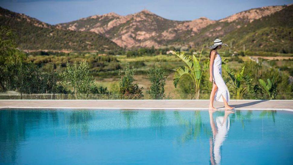 Hotel Laguna Chia Laguna Resort The New Bioaquam Pool