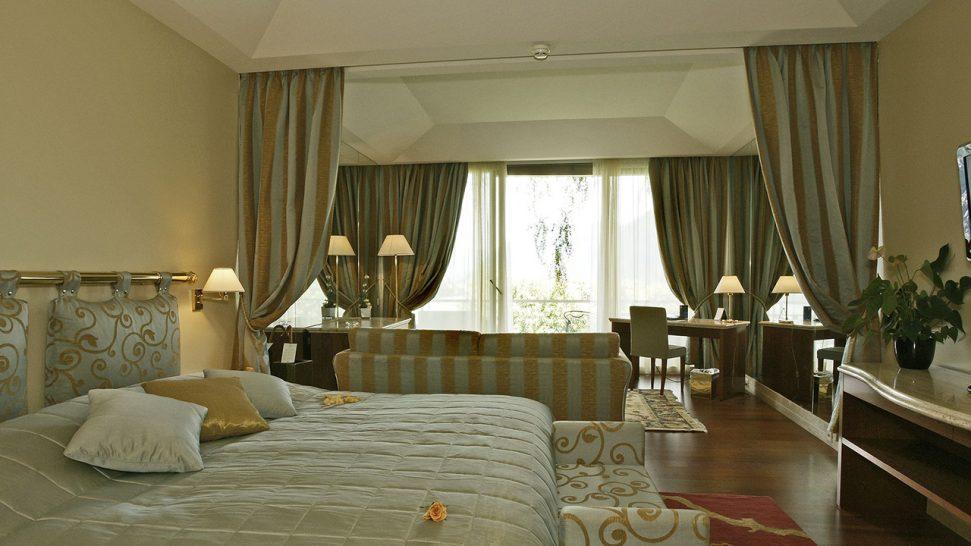 Hotel Villa Principe Leopoldo and Spa Deluxe One Bedroom Suite
