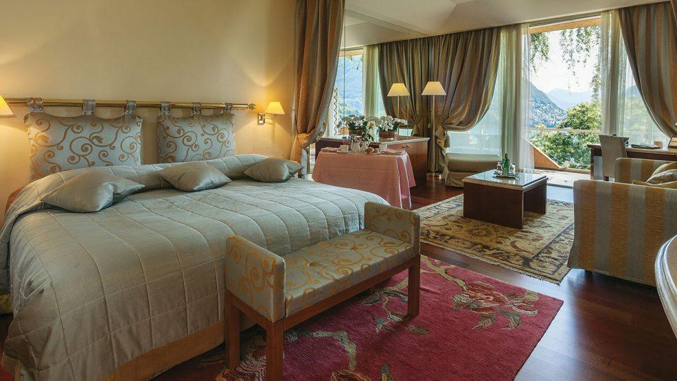 Hotel Villa Principe Leopoldo and Spa Signature Lake Suite