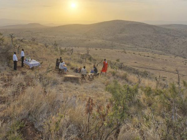 Kifaru House by Elewana Bush Breakfasts & Sundowners