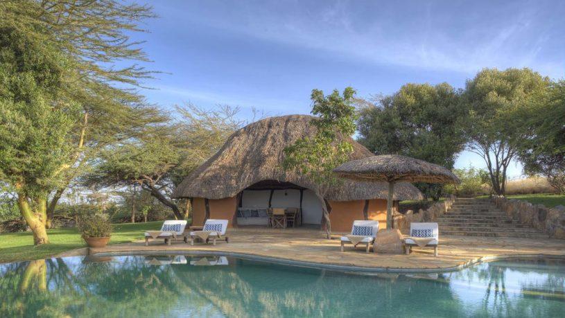 Kifaru House by Elewana Pool
