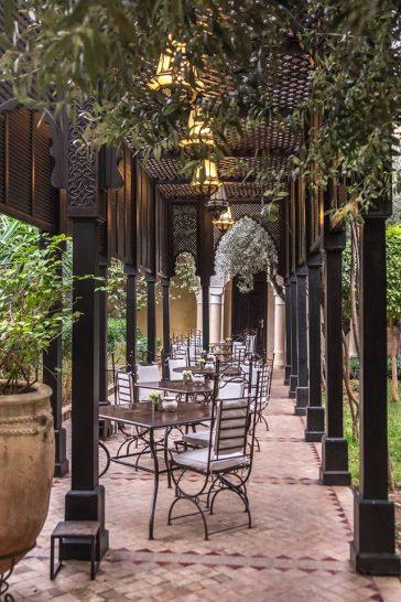La Villa des Orangers Patio Dining