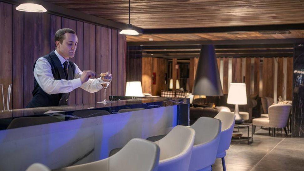Le Massif Courmayeur Italy Del Gigante Bar