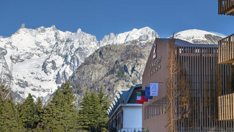Le Massif Courmayeur Italy Exterior View