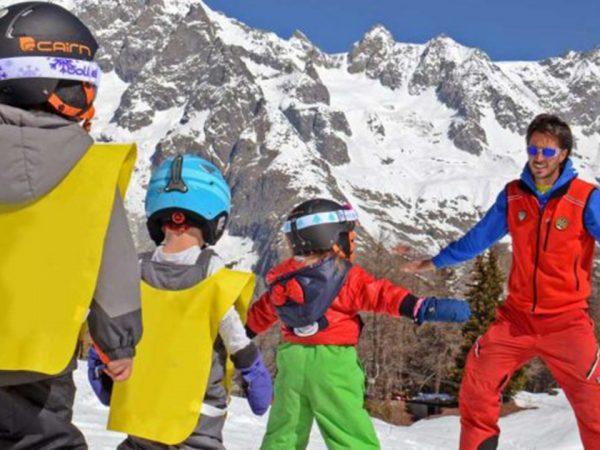 Le Massif Courmayeur Italy Ski School