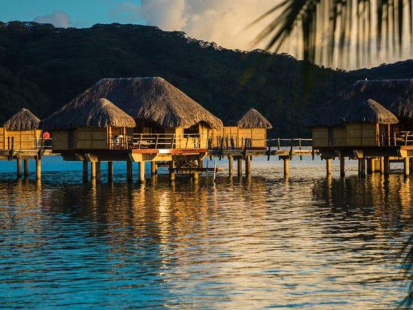Le Tahaa Island Resort and Spa Lobby Night View