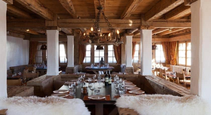 Les Chalets du Mont d Arbois Megeve Four Seasons Hotel Bar