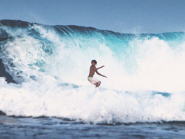 Nay Palad Hideaway Surfing
