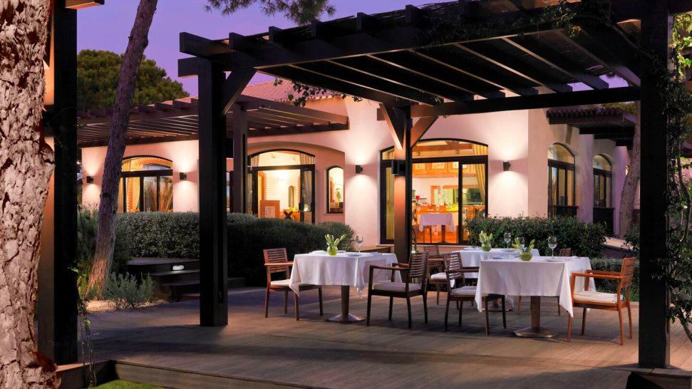 Pine Cliffs A Luxury Collection Piri Piri Steak house