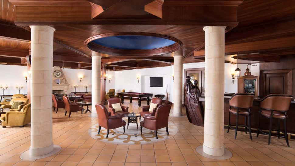 Pine Cliffs A Luxury Collection Resort Portulano Lobby Bar