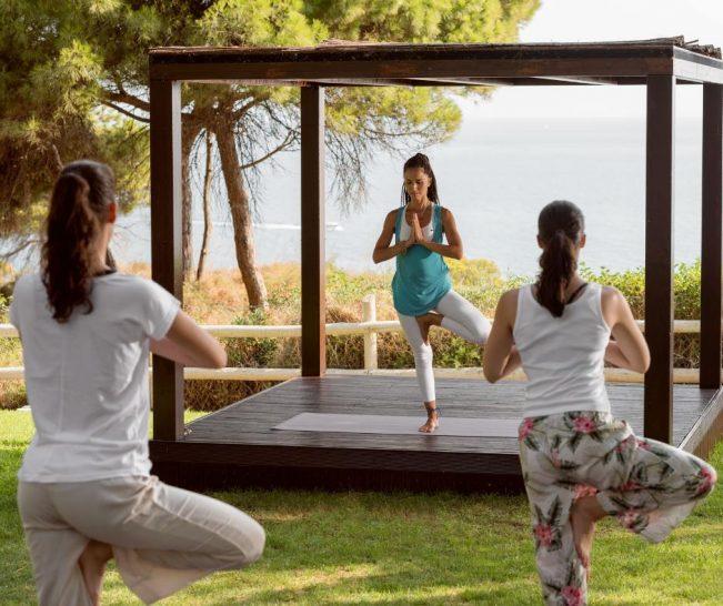 Pine Cliffs A Luxury Collection Resort Yoga