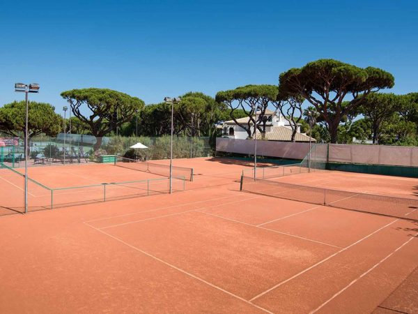 Pine Cliffs Hotel a Luxury Collection Resort Tennis