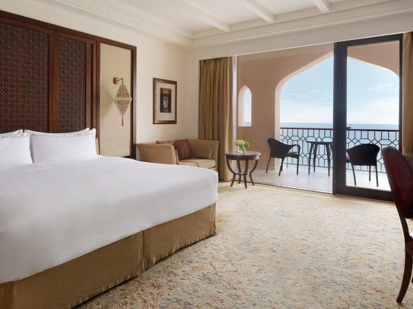Shangri-La Al Husn Resort and Spa Al Husn Deluxe Sea View Room