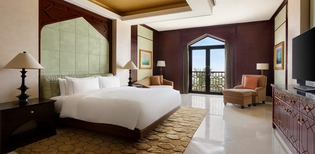 Shangri-La Al Husn Resort and Spa Al Husn Royal Suite