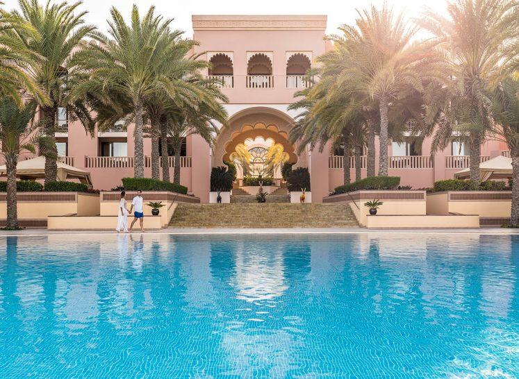 Shangri-La Al Husn Resort and Spa Outdoor Pool