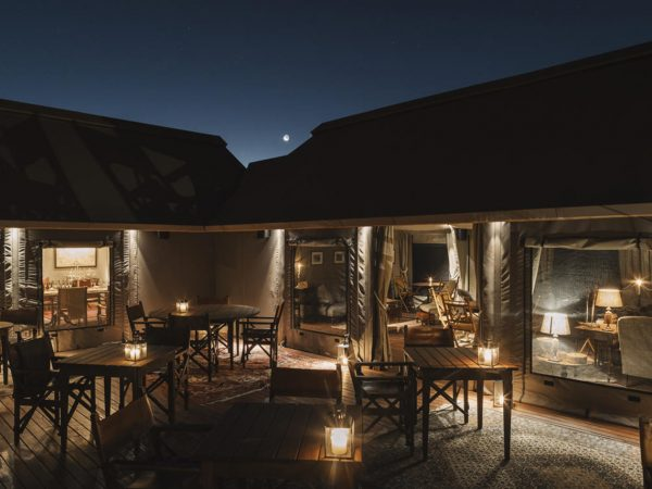 Sonop Hotel LObby Night View