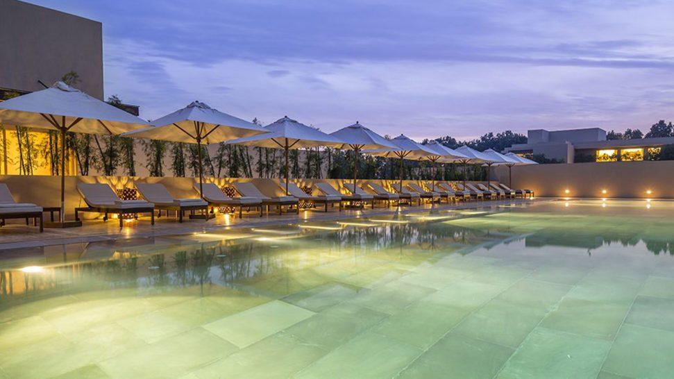 Vana Resort Pool