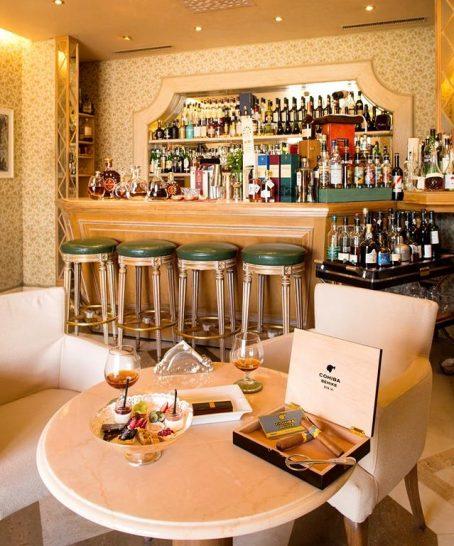 Villa Principe Leopoldo Bar