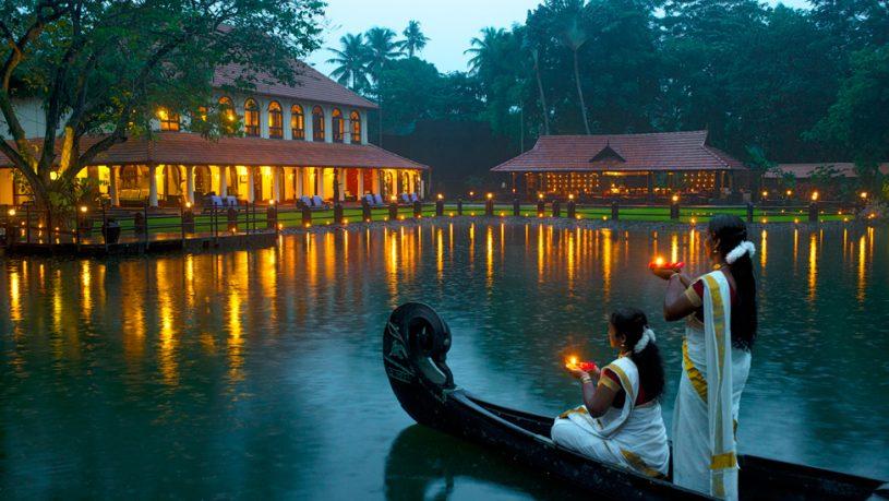 Taj Kumarakom Resort Spa Kerala Lamp