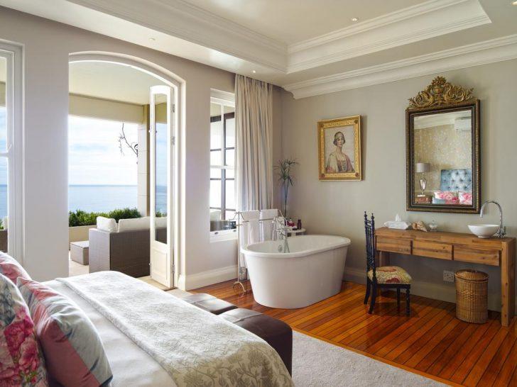21 Nettleton Cape Town Queen Suite