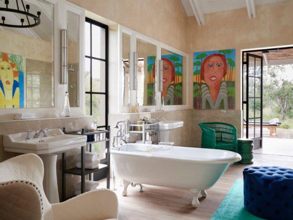 The Farmstead at Royal Malewane Luxury Farm Suite Bathroom