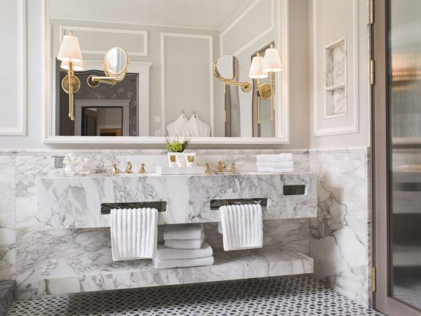 Britannia Hotel Trondheim Signature Suite Bathroom
