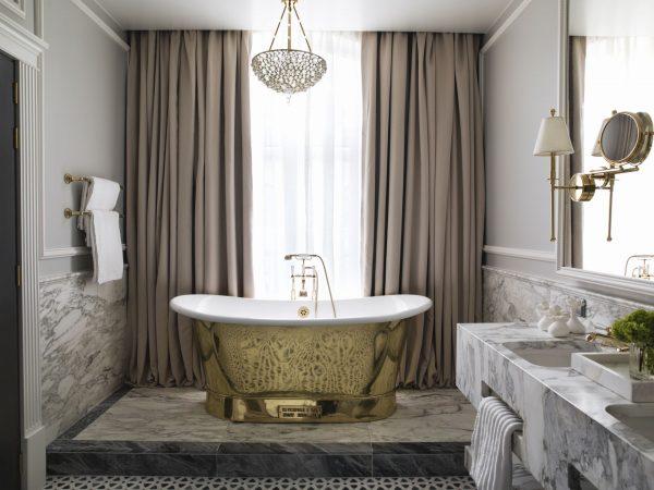Britannia Hotel Trondheim Signature Suite Bathtub