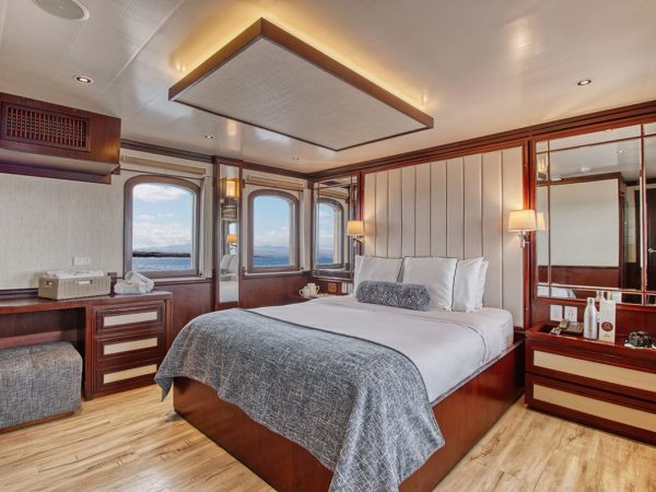 Quasar Expeditions Grace Kelly Yacht Suite