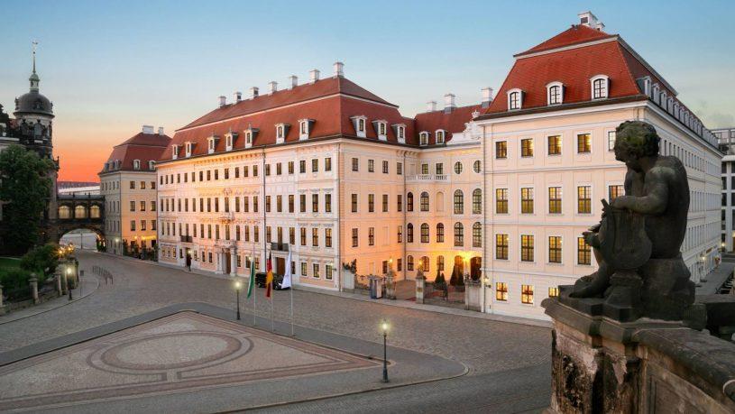 Hotel Taschenbergpalais Kempinski Exterior