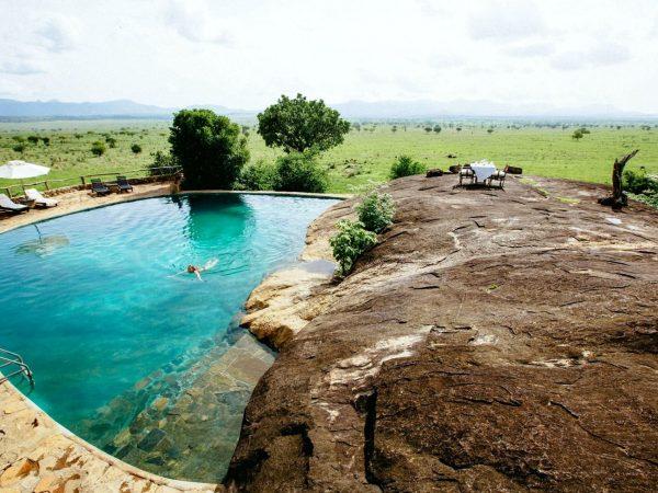Apoka Safari Lodge Rock Pool