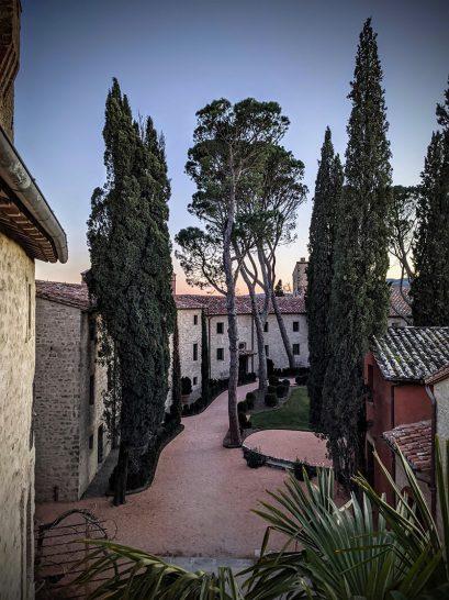 Castello di Reschio Umbria Castle Courtyard