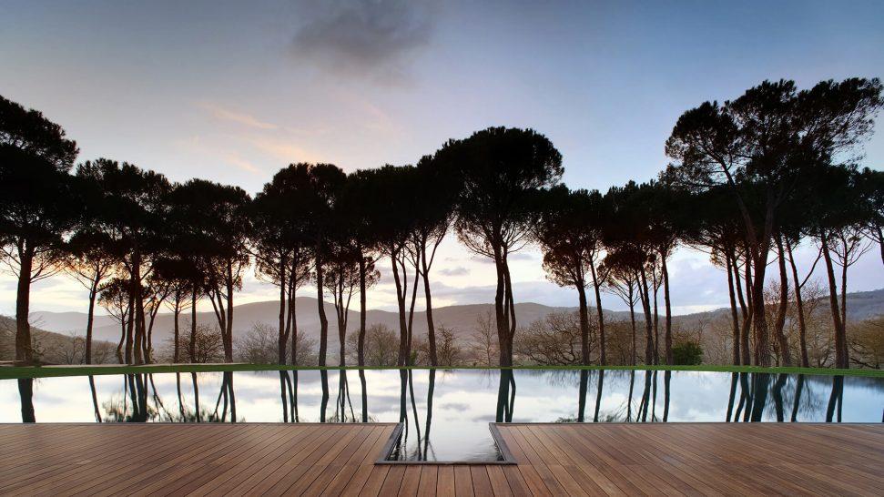 Castello di Reschio Umbria Pool